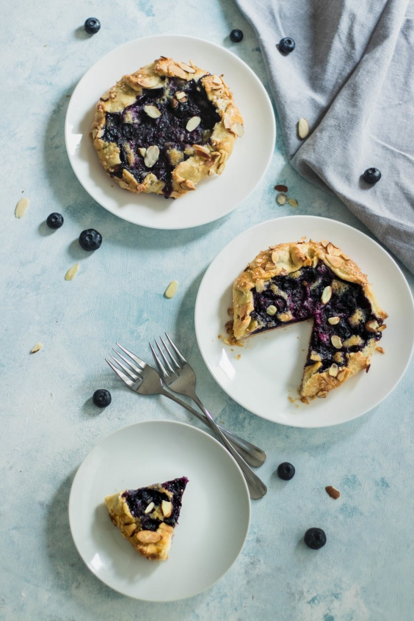 blueberry almond galettes