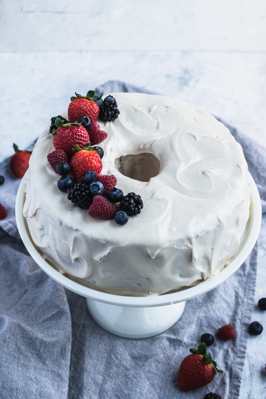 Old-Fashioned Pound Cake with Berries